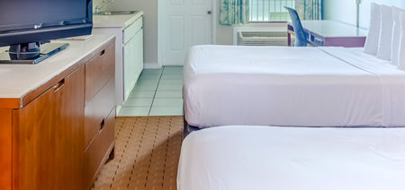 Bikini Beach Resort Panama City Beach | Deluxe Double Room with Kitchenette Beach View Featured Image